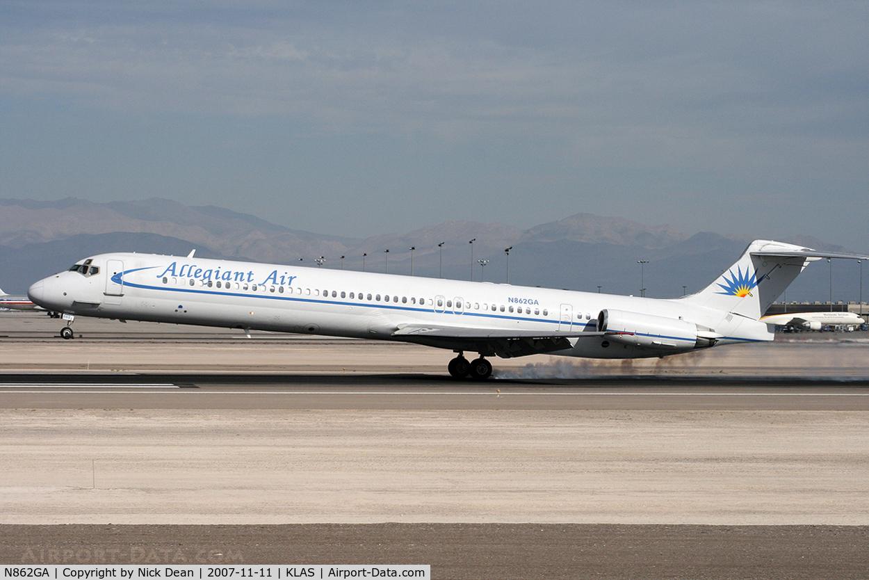 N862GA, 1987 McDonnell Douglas MD-83 (DC-9-83) C/N 49556, KLAS