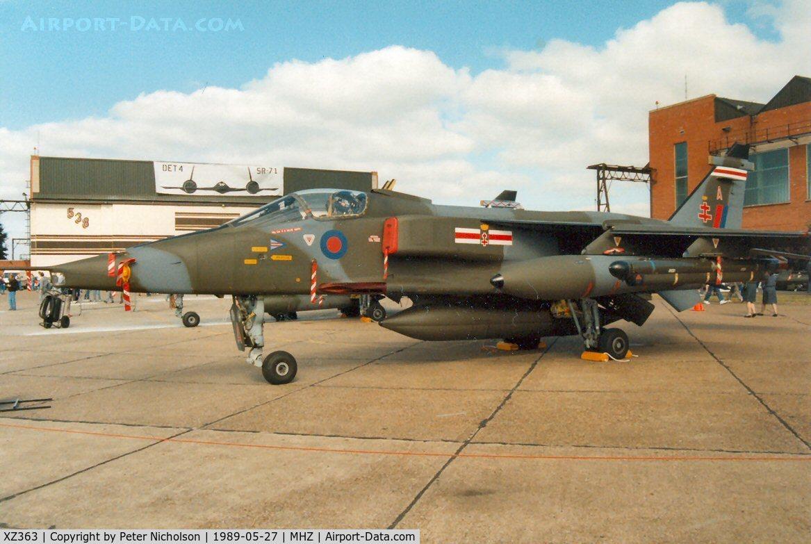 XZ363, 1976 Sepecat Jaguar GR.1A C/N S.130, Jaguar GR.1A of 41 Squadron on display at the 1989 Mildenhall Air Fete.