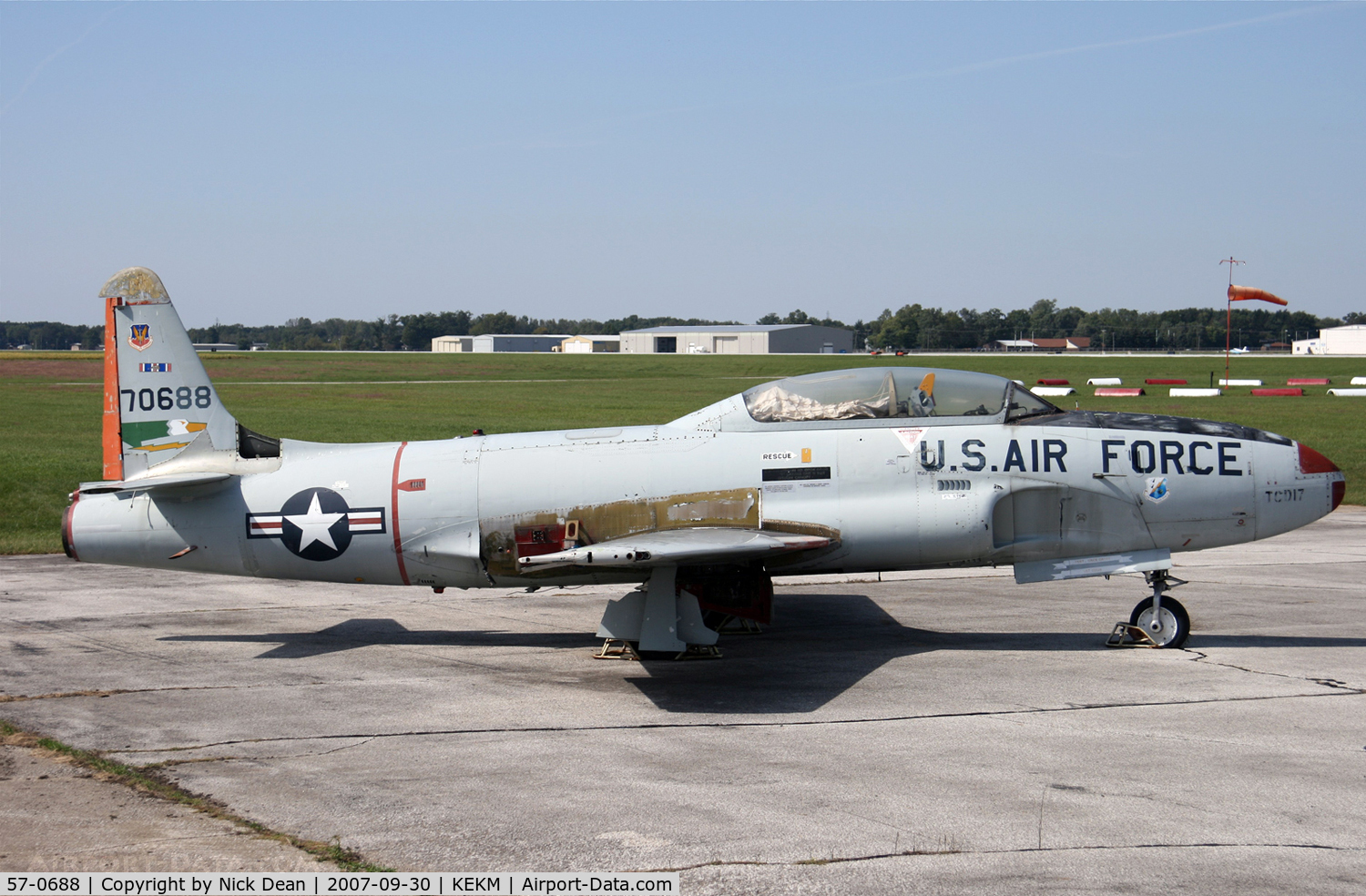 57-0688, 1957 Lockheed T-33A Shooting Star C/N 580-1337, KEKM