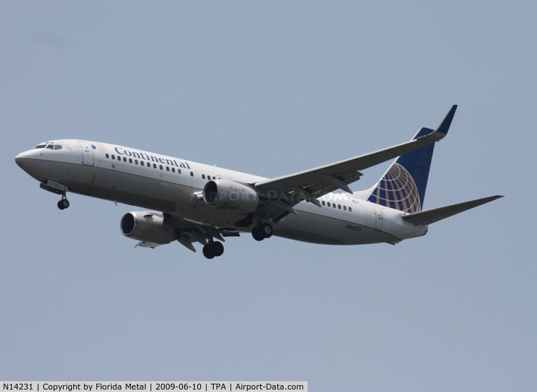 N14231, 1999 Boeing 737-824 C/N 28795, Continental 737-800