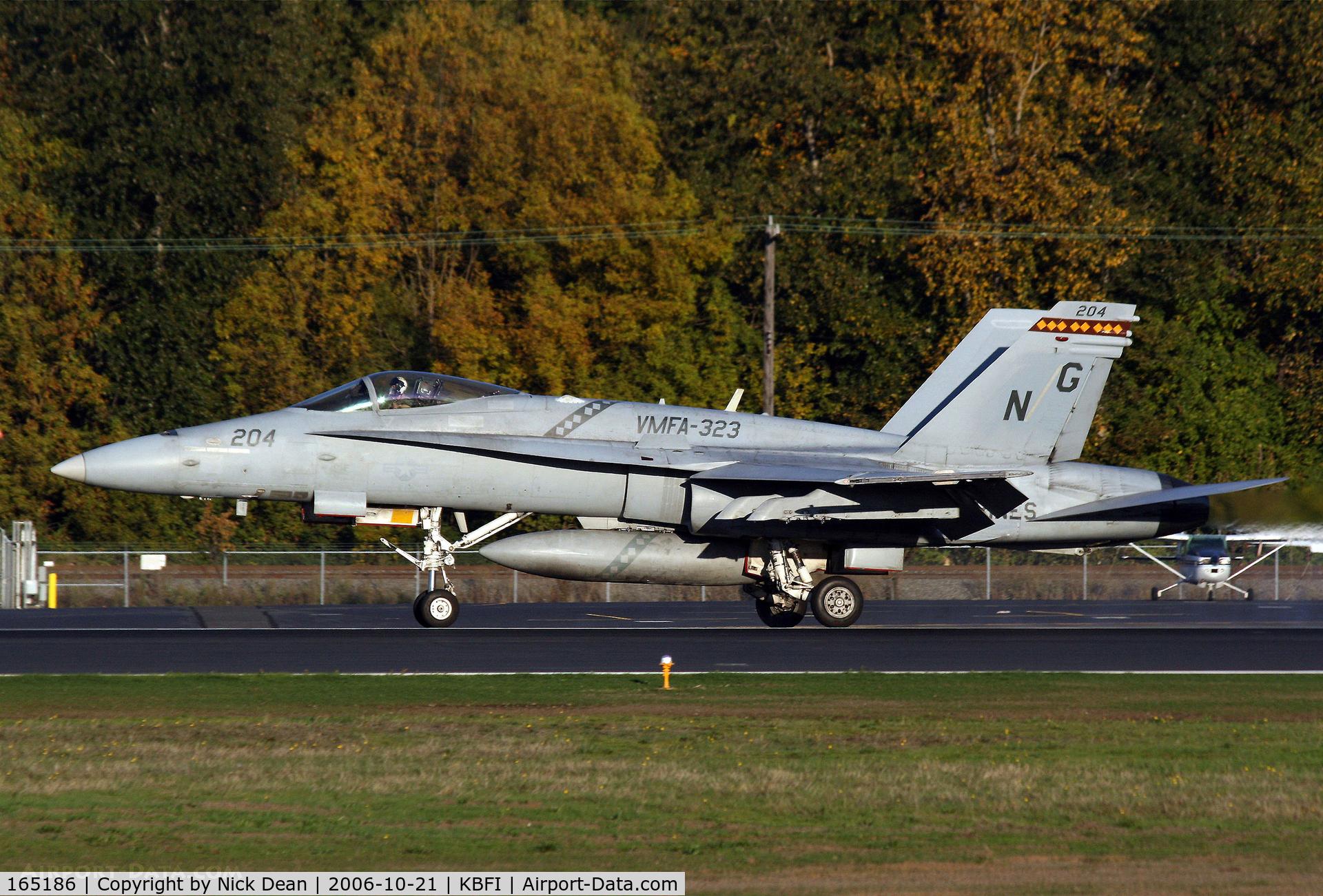 165186, McDonnell Douglas F/A-18C Hornet C/N 1311, KBFI VMFA-323 coded NG 204