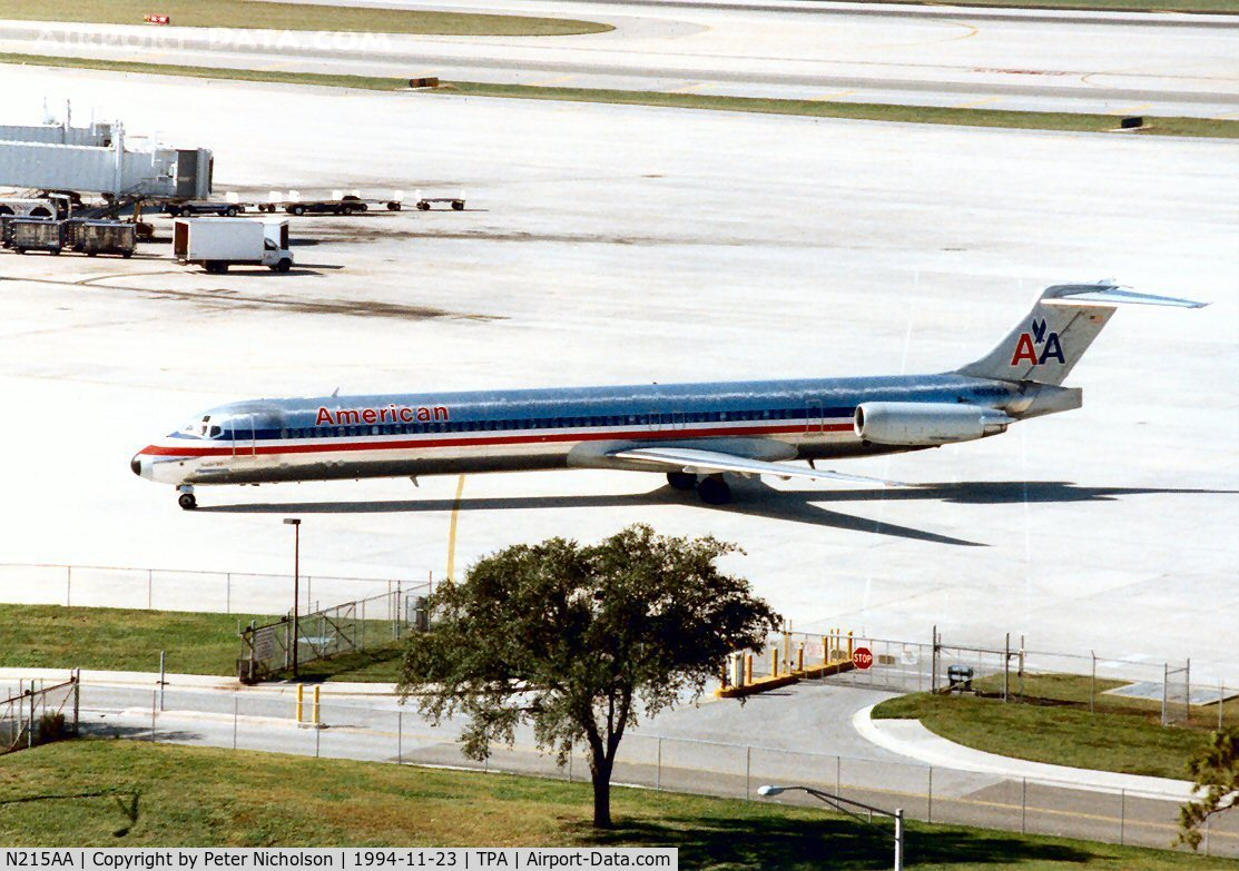 N215AA, 1983 McDonnell Douglas MD-82 (DC-9-82) C/N 49163, MD-82 of American Airlines seen at Tampa in November 1994.