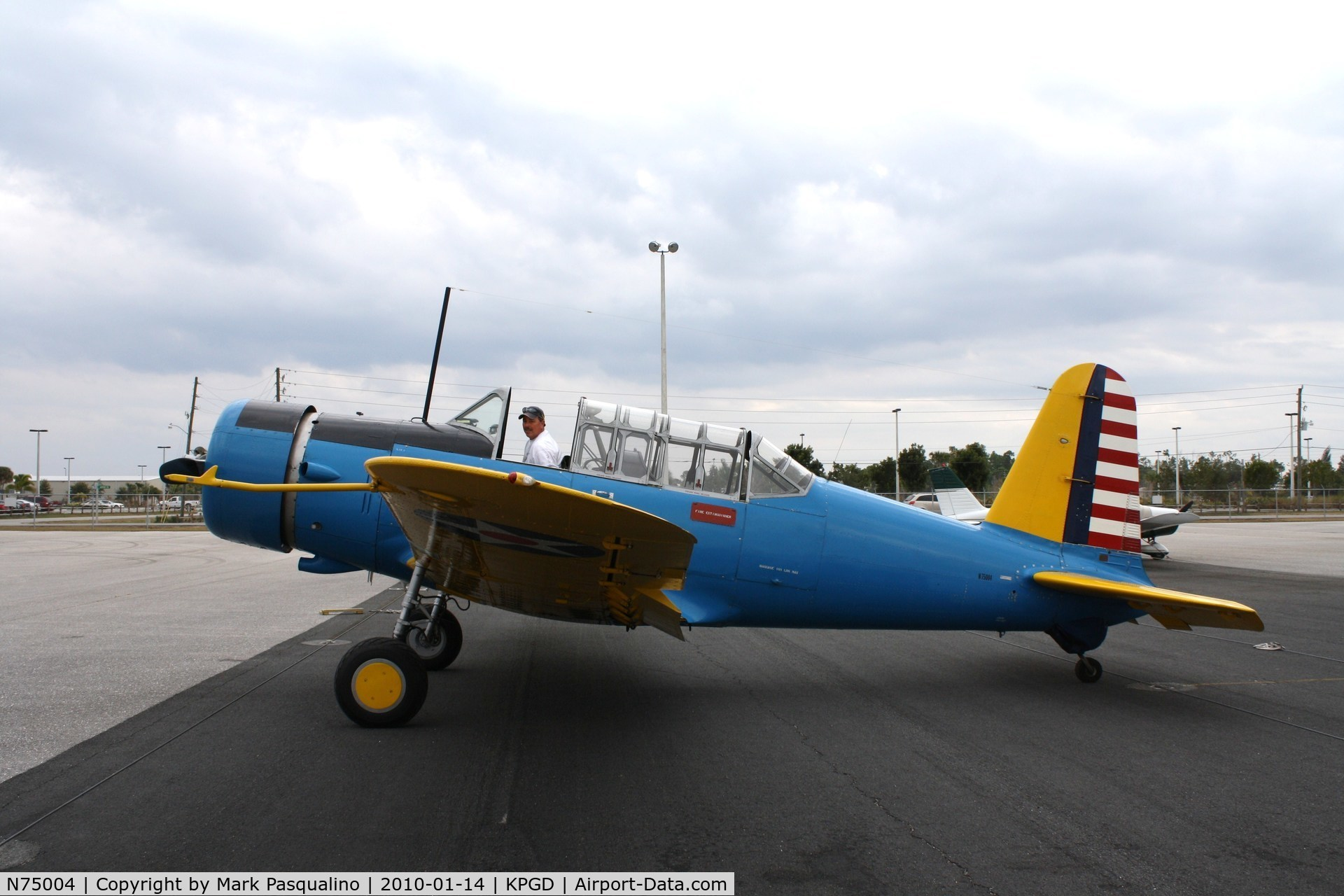 N75004, 1942 Convair BT-15 C/N 6720, Vultee BT-15
