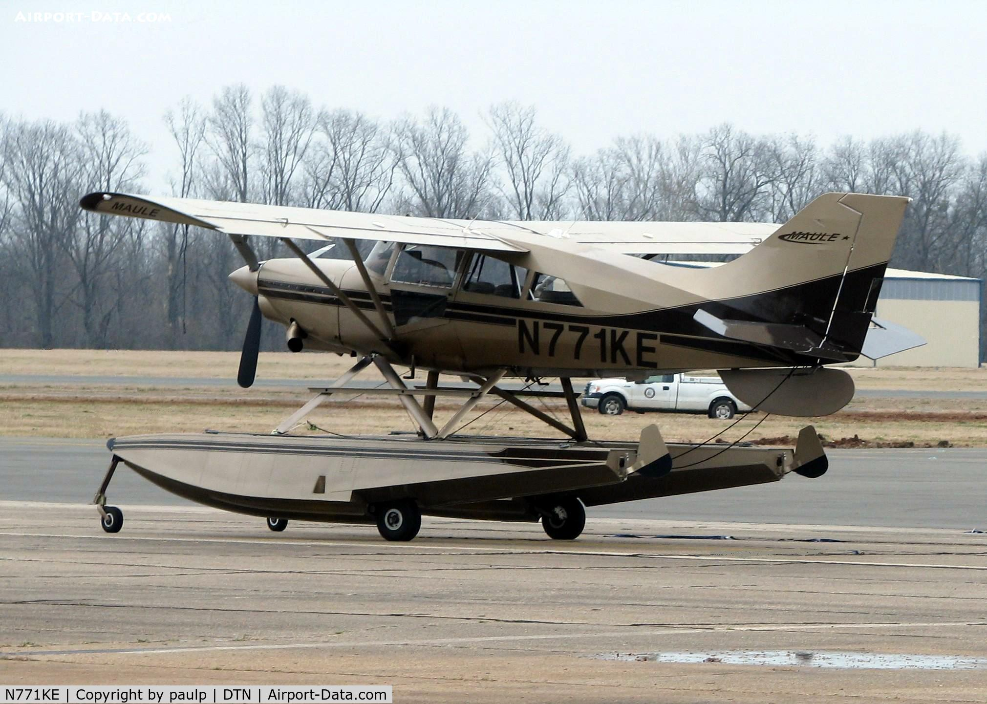 N771KE, 2004 Maule MT-7-420 C/N 51002C, At Downtown Shreveport.