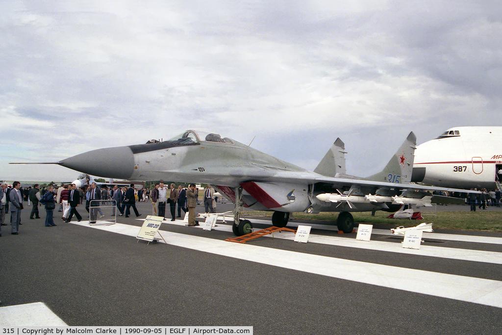 315, Mikoyan-Gurevich MiG-29A (9-12A) C/N Not found 315, Mikoyan-Gurevich MiG-29A (9-12A) at Farnborough International 1990