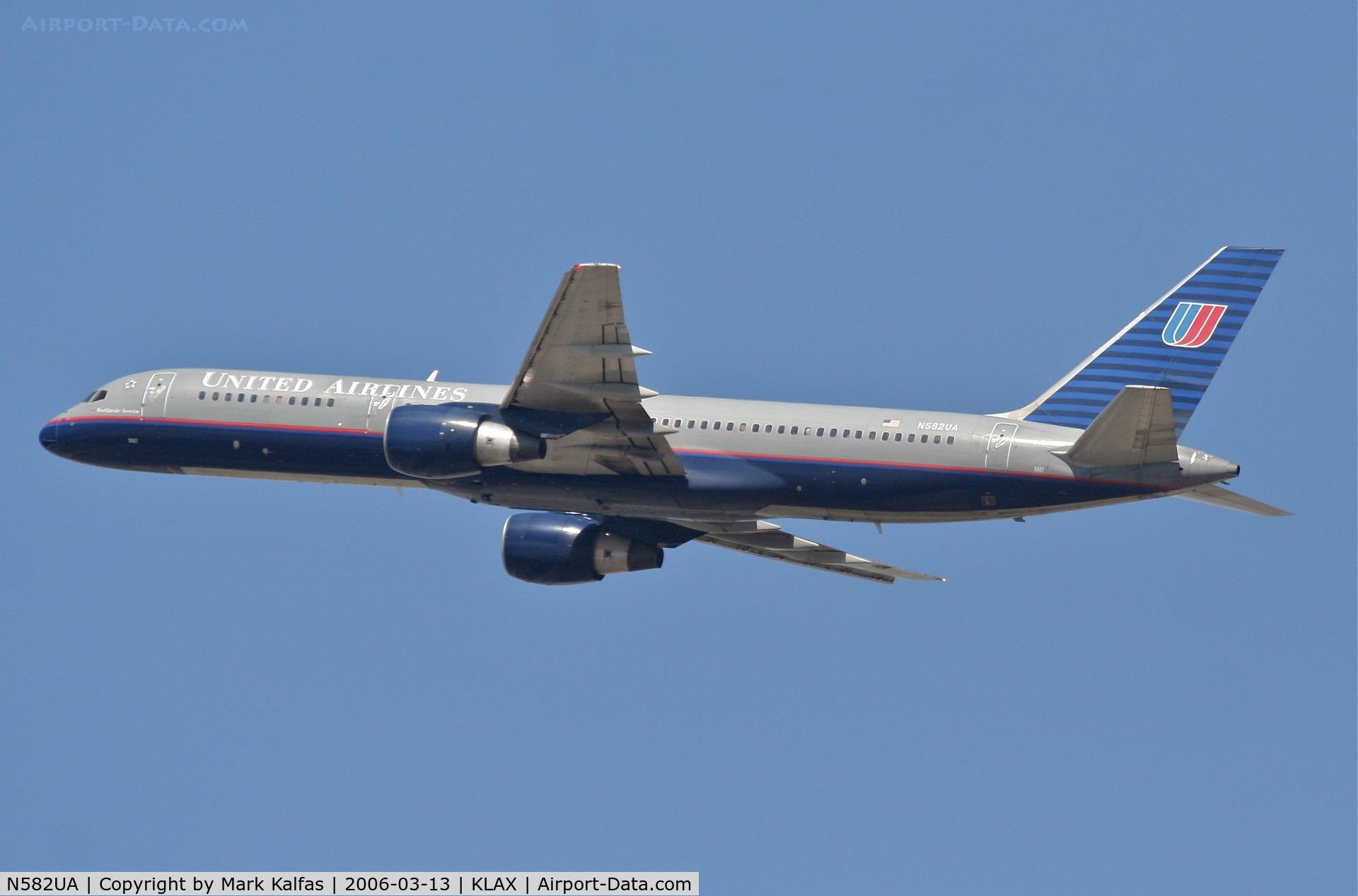 N582UA, 1993 Boeing 757-222 C/N 26702, United Airlines Boeing 757-222, N582UA RWY 25R departure KLAX.