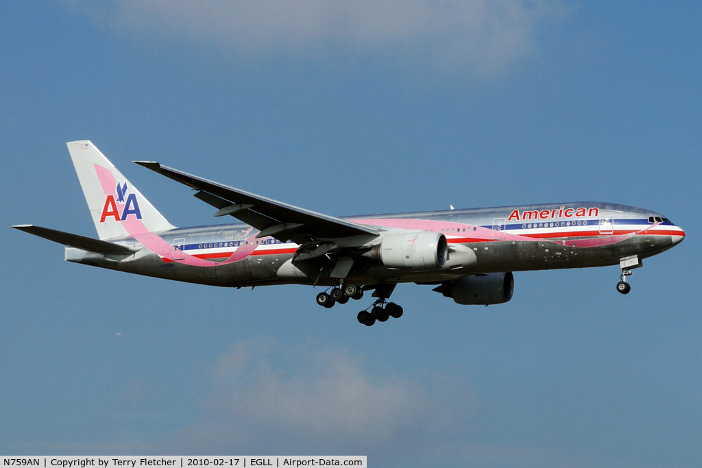 N759AN, 2001 Boeing 777-223 C/N 32638, American Airlines B777 about to land at Heathrow