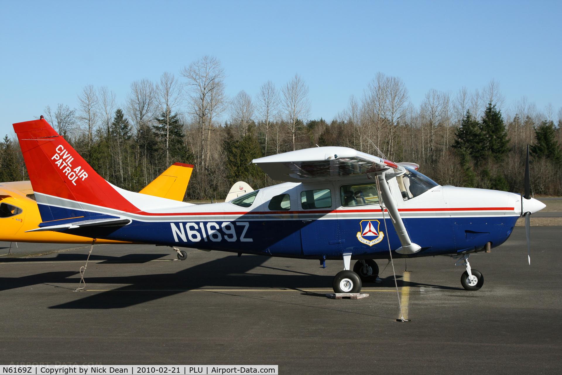 N6169Z, 1981 Cessna TU206G C/N U20606172, 1S0