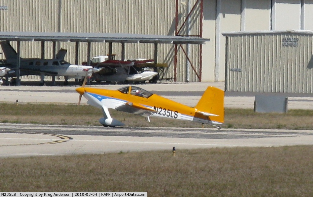 N235LS, 2007 South Florida Ultralights Inc VANS RV-9 C/N 90866, Departing runway 32