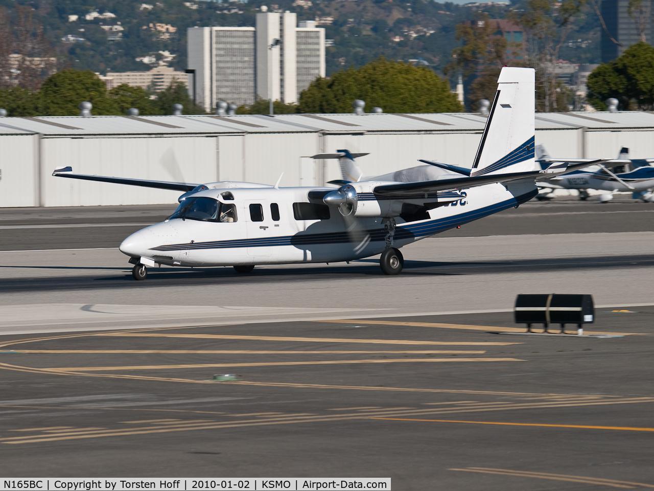 N165BC, 1980 Rockwell International 690C C/N 11646, N165BC departing from RWY 21