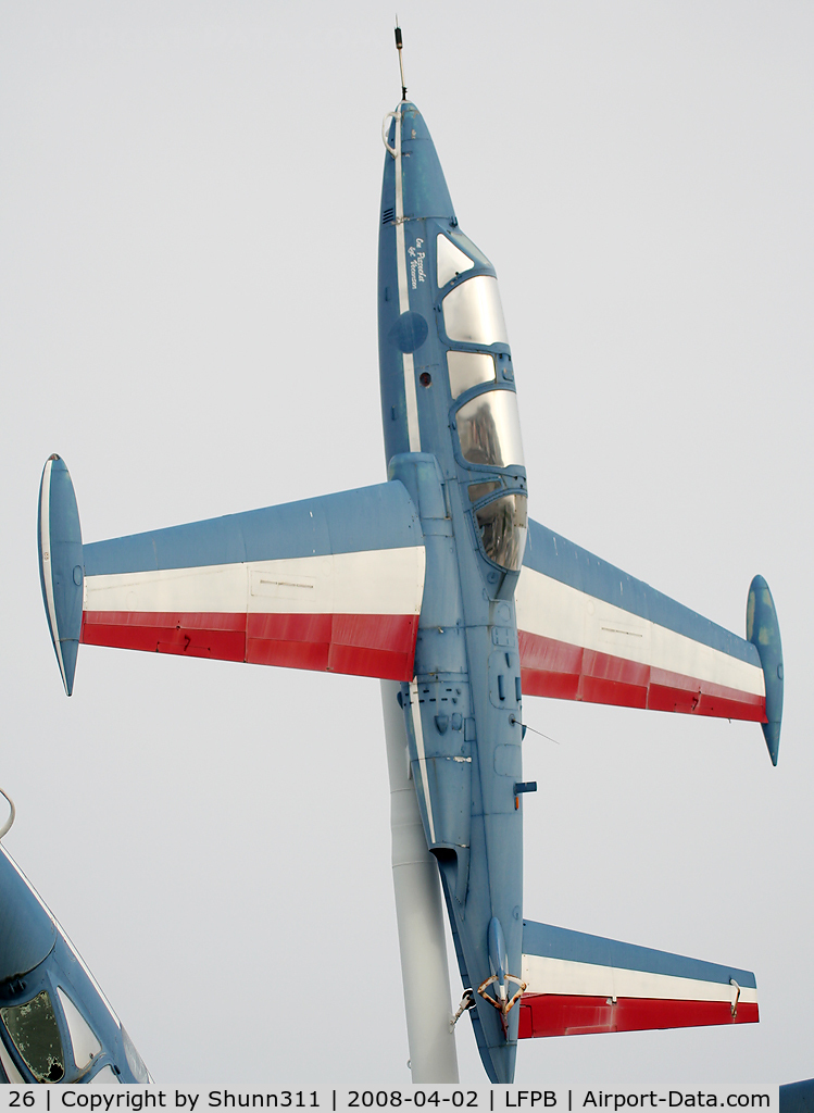 26, Fouga CM-170 Magister C/N 26, Fouga Magister preserved @ Le Bourget Museum on pole