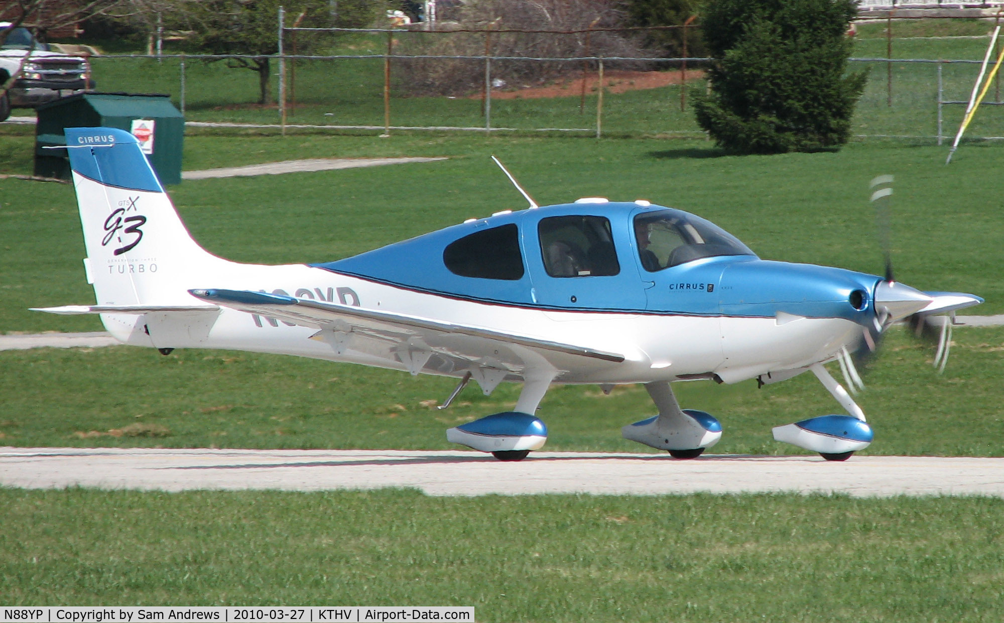 N88YP, 2007 Cirrus SR22 G3 GTSX Turbo C/N 2584, Taking off from 17