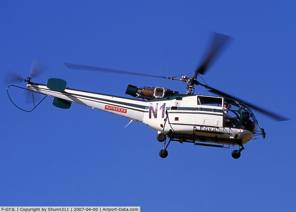 F-GYJL, Aerospatiale SA-316B Alouette III C/N 1527, On take off from Magny-Court Heliport during Formula One GP 2004