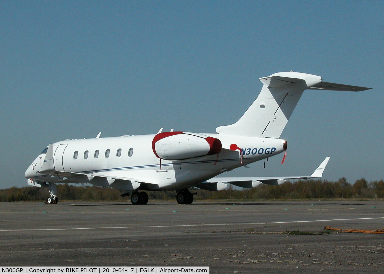 N300GP, Bombardier Challenger 300 (BD-100-1A10) C/N 20253, NICE LOOKING CHALLENGER IN SLOT 4