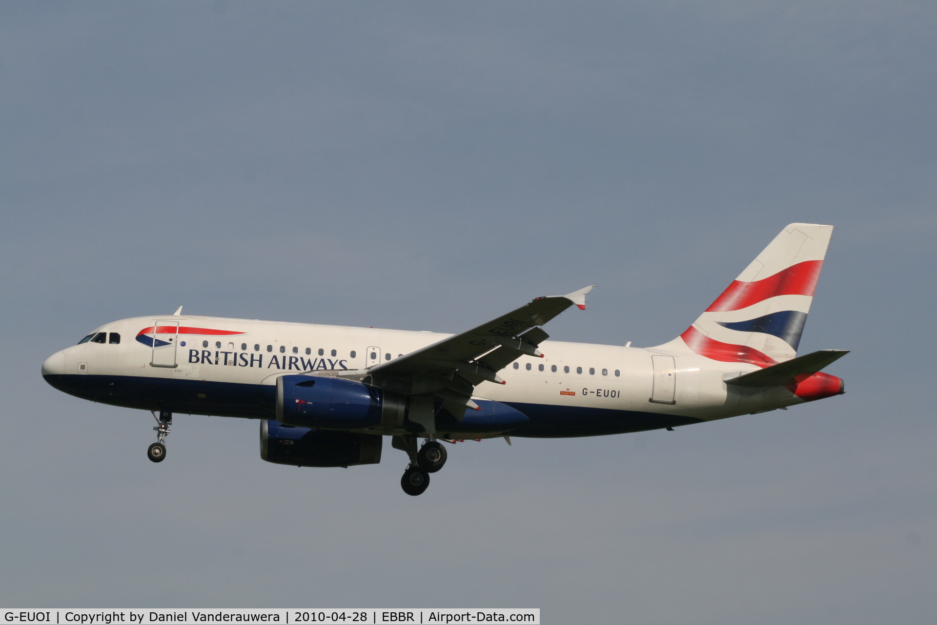 G-EUOI, 2001 Airbus A319-131 C/N 1606, Arrival of flight BA392 to RWY 25L