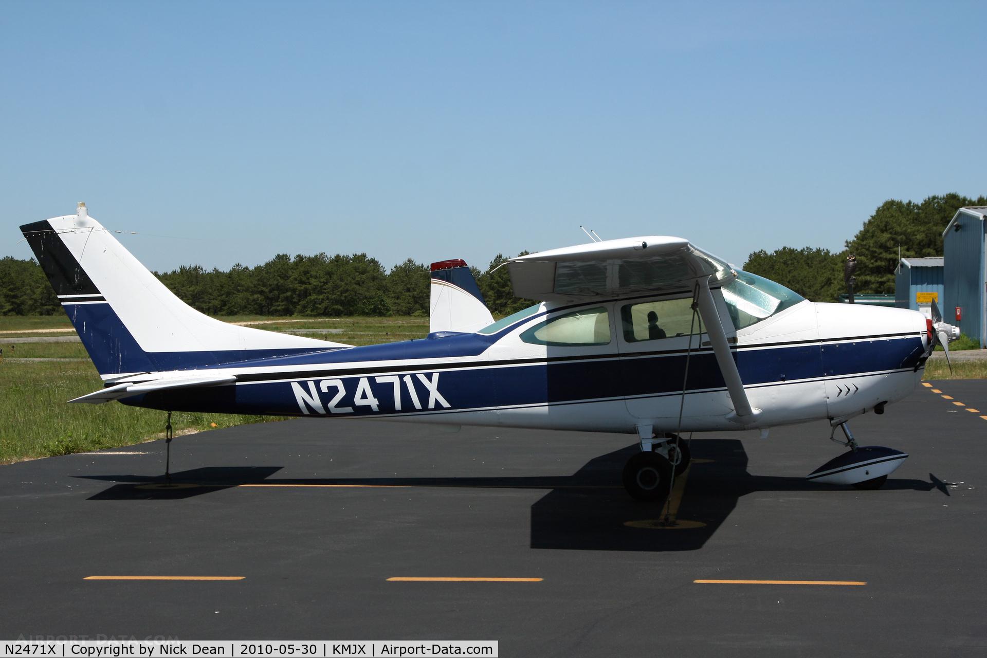 N2471X, 1965 Cessna 182H Skylane C/N 18256371, KMJX