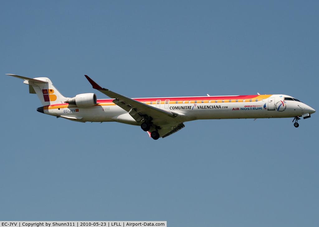 EC-JYV, 2006 Canadair CL-600-2D24 Regional Jet CRJ-900ER C/N 15106, Landing rwy 36R