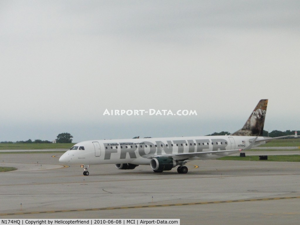 N174HQ, Embraer ERJ-190-100 IGW 190AR C/N 19000211, The Badger is taxiing to terminal