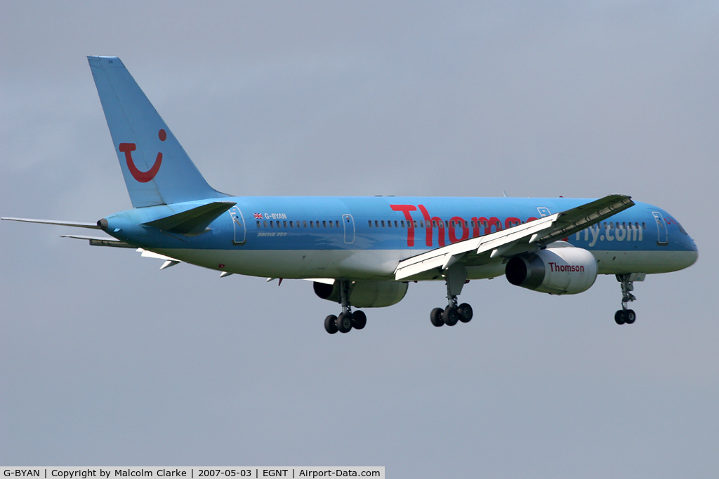 G-BYAN, 1994 Boeing 757-204 C/N 27219, Boeing 757-204 on finals to 07 at Newcastle Airport in May 2007.
