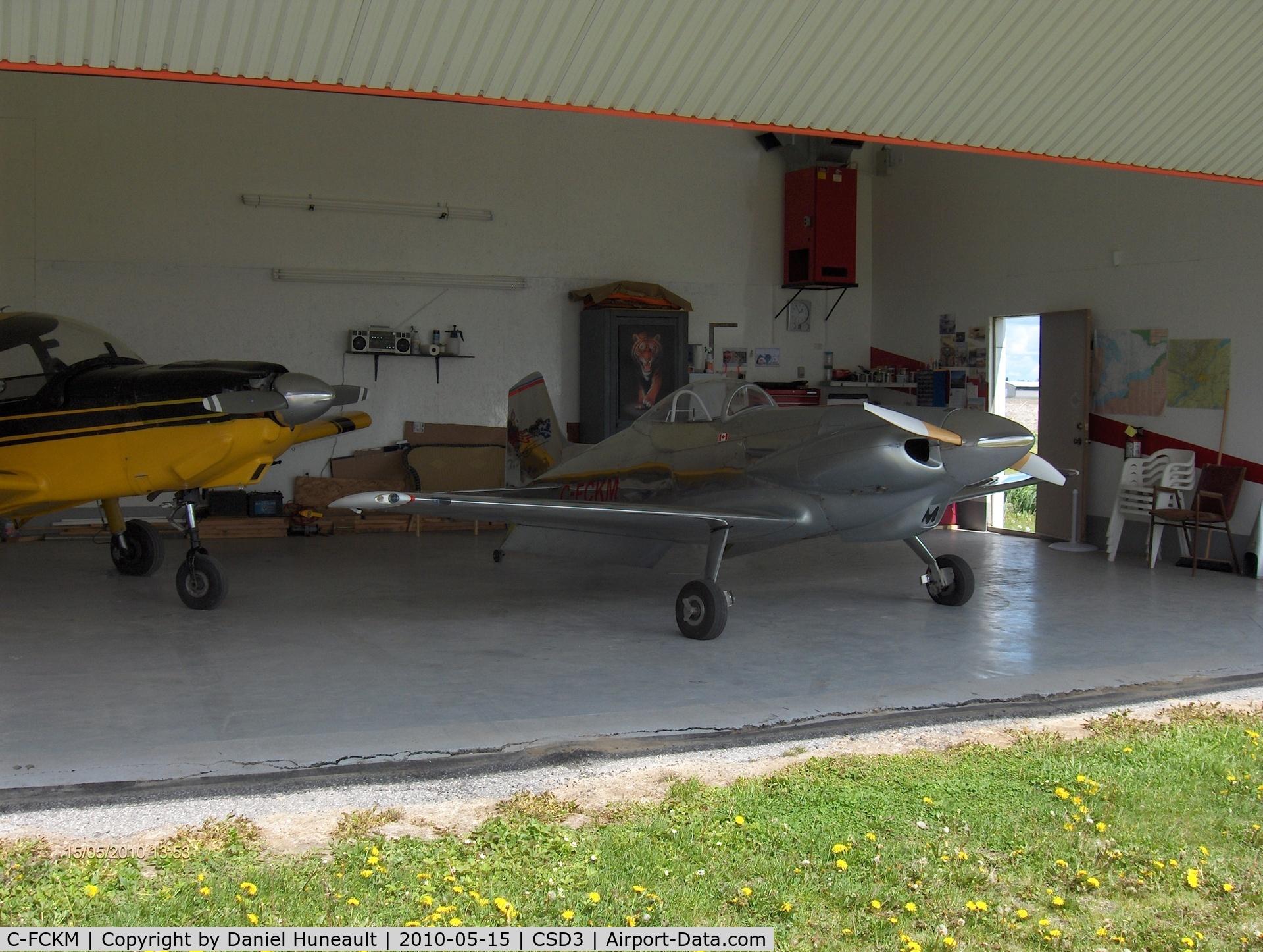 Aircraft midget mustang Babe