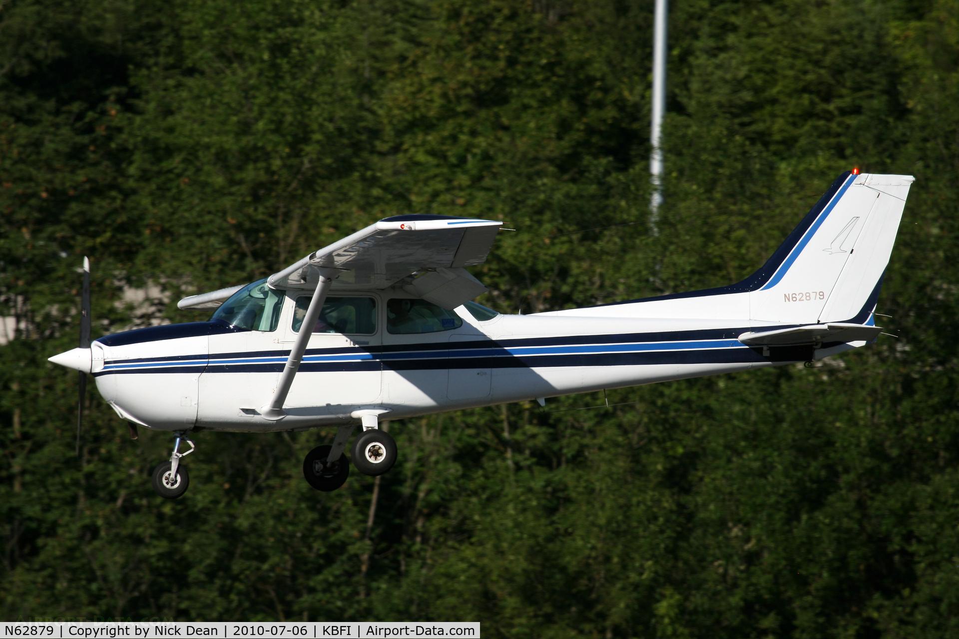 N62879, 1981 Cessna 172P Skyhawk C/N 17275349, KBFI