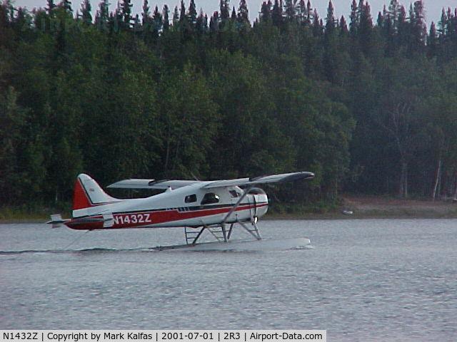 N1432Z, 1954 De Havilland Canada U-6A Beaver C/N 797, Summit Leasing/Alaska West Air, Dehavilland BEAVER U-6A departing Island Lake (2R3).