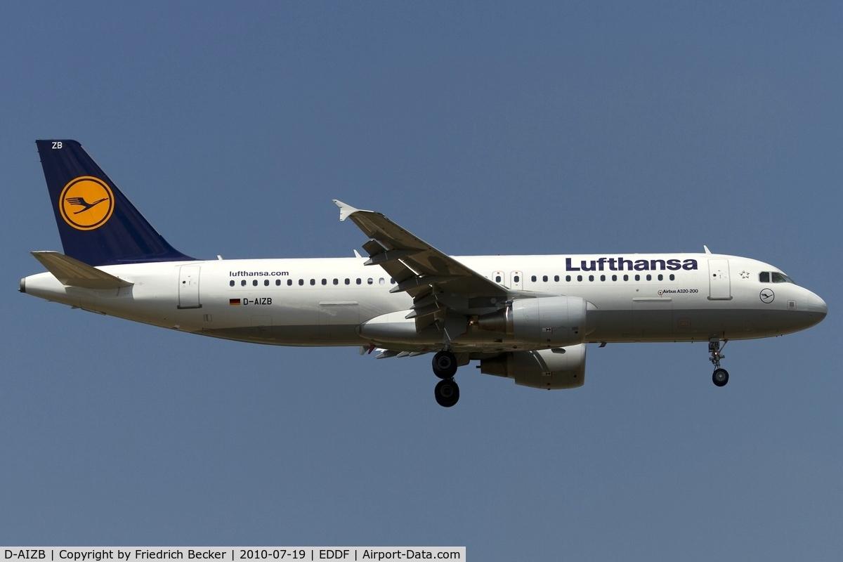 D-AIZB, 2009 Airbus A320-214 C/N 4120, short final RW07R