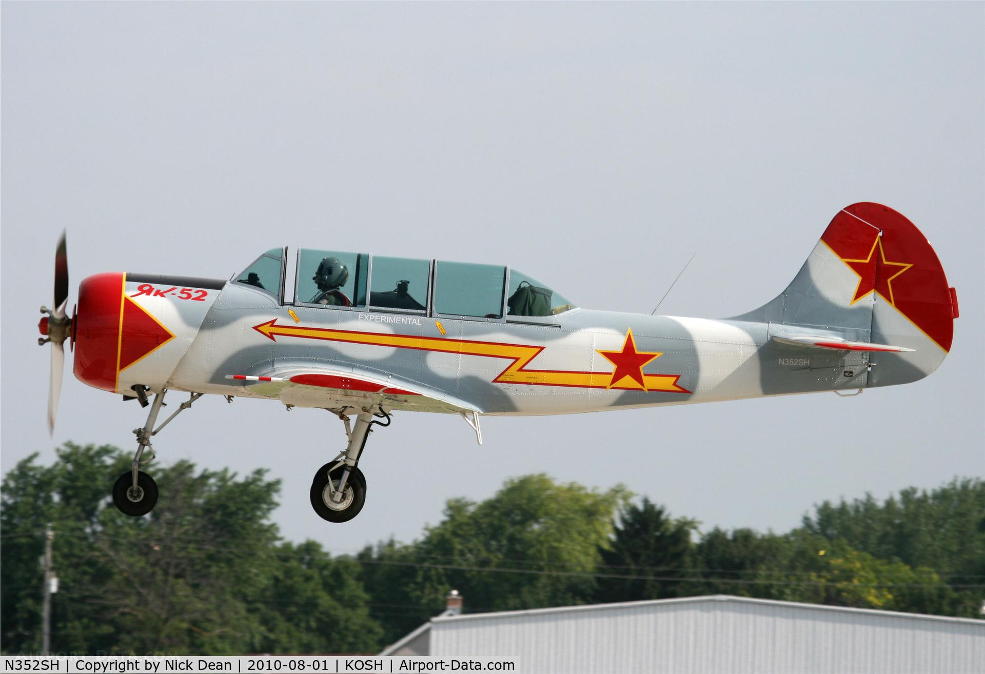 N352SH, 1985 Yakovlev (Aerostar) YAK-52 C/N 855704, KOSH