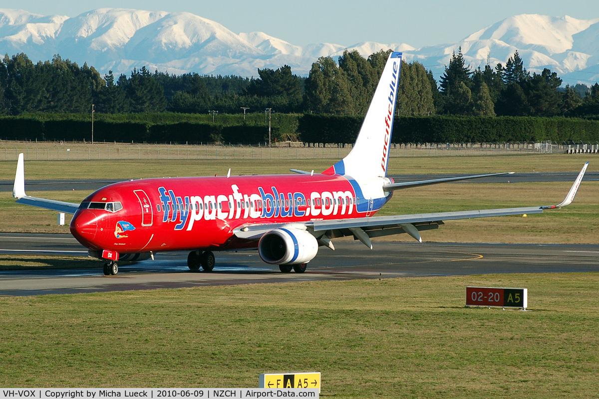 VH-VOX, 2004 Boeing 737-8BK C/N 33017, At Christchurch