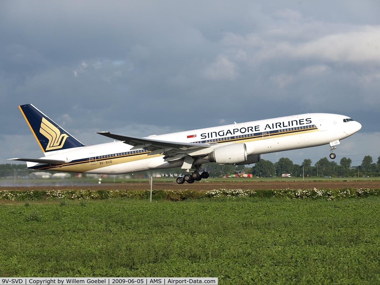 9V-SVD, 2001 Boeing 777-212/ER C/N 30869, Take off of the