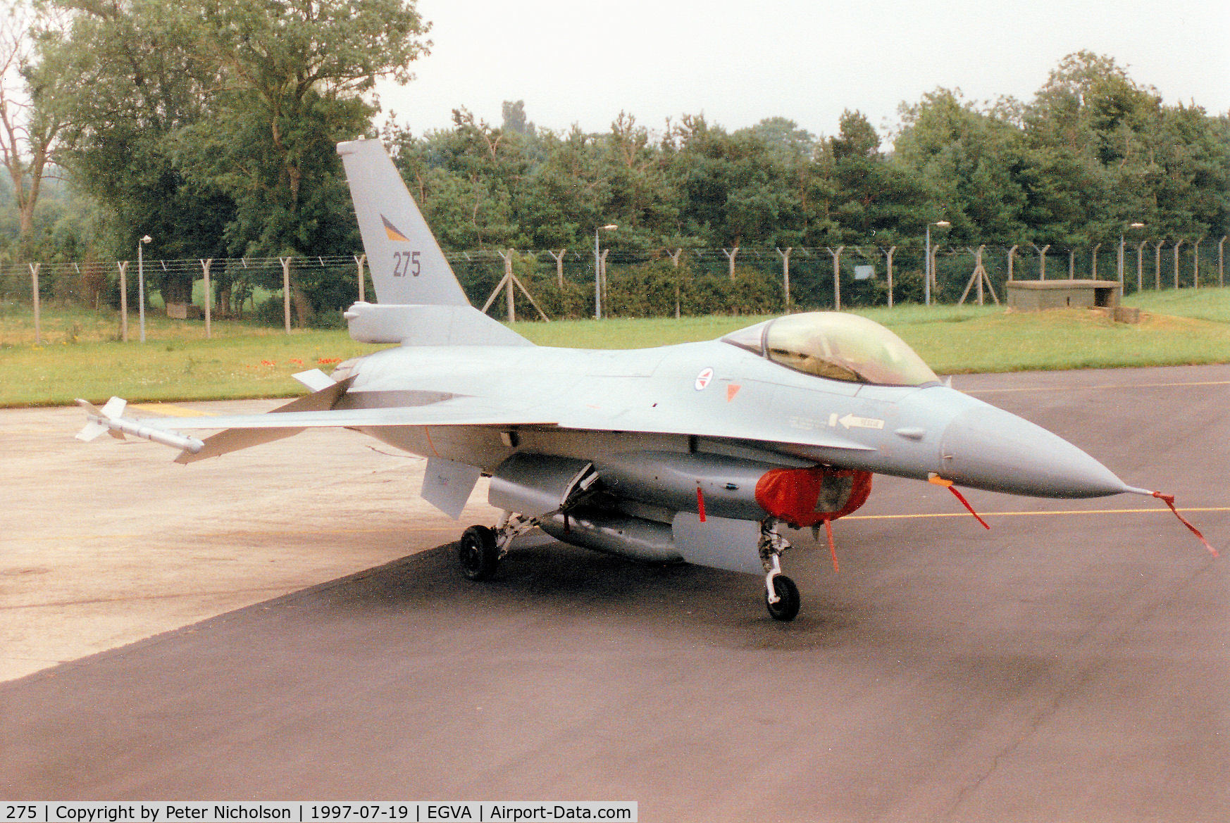 275, 1980 General Dynamics F-16A Fighting Falcon C/N 6K-4, F-16A Falcon, callsign Norwegian 5087 Bravo, of 332 Skv Royal Norwegian Air Force on the flight-line at the 1997 Intnl Air Tattoo at RAF Fairford.