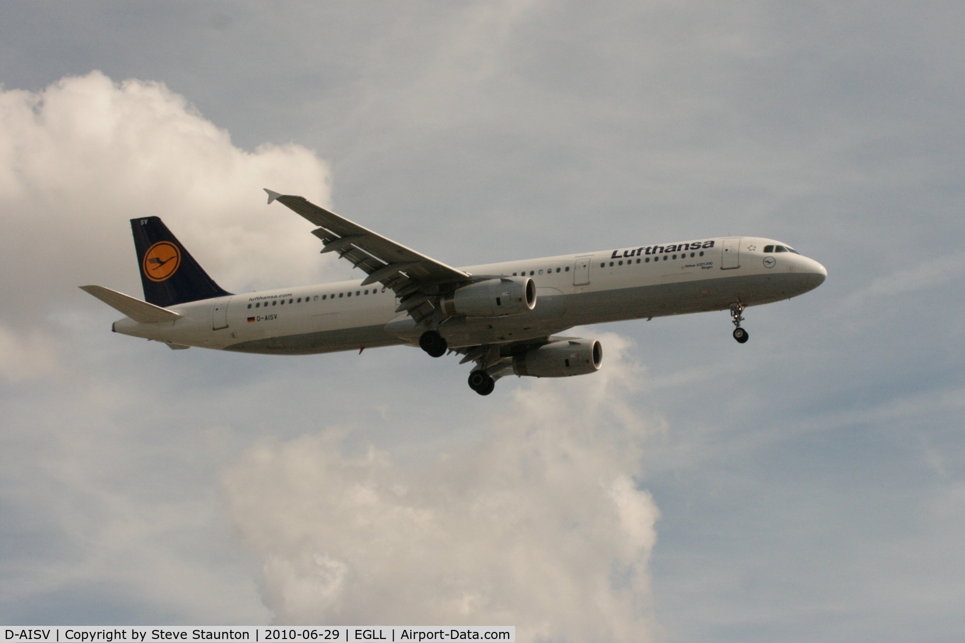 D-AISV, 2009 Airbus A321-231 C/N 4050, Taken at Heathrow Airport, June 2010