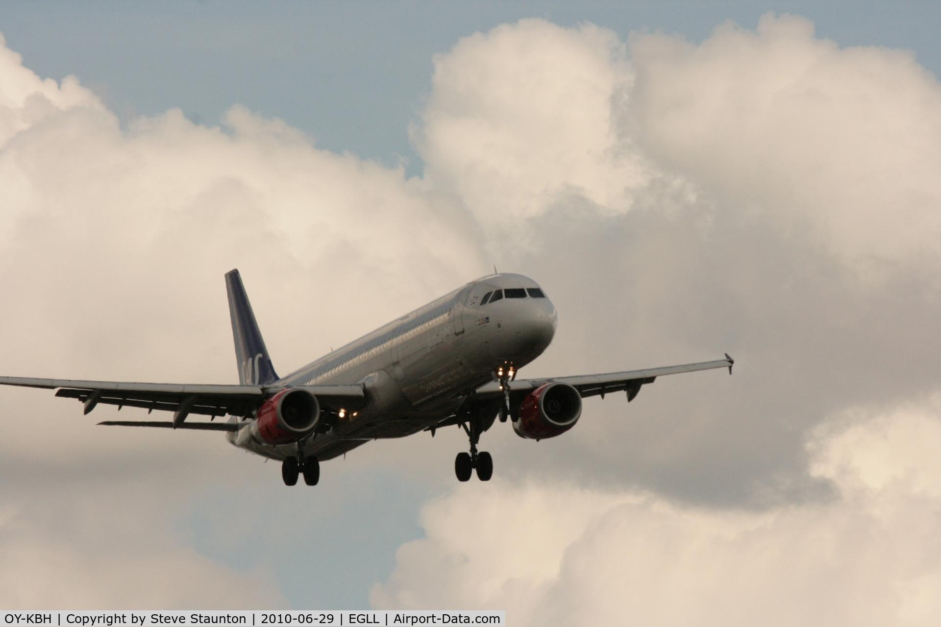 OY-KBH, 2002 Airbus A321-232 C/N 1675, Taken at Heathrow Airport, June 2010