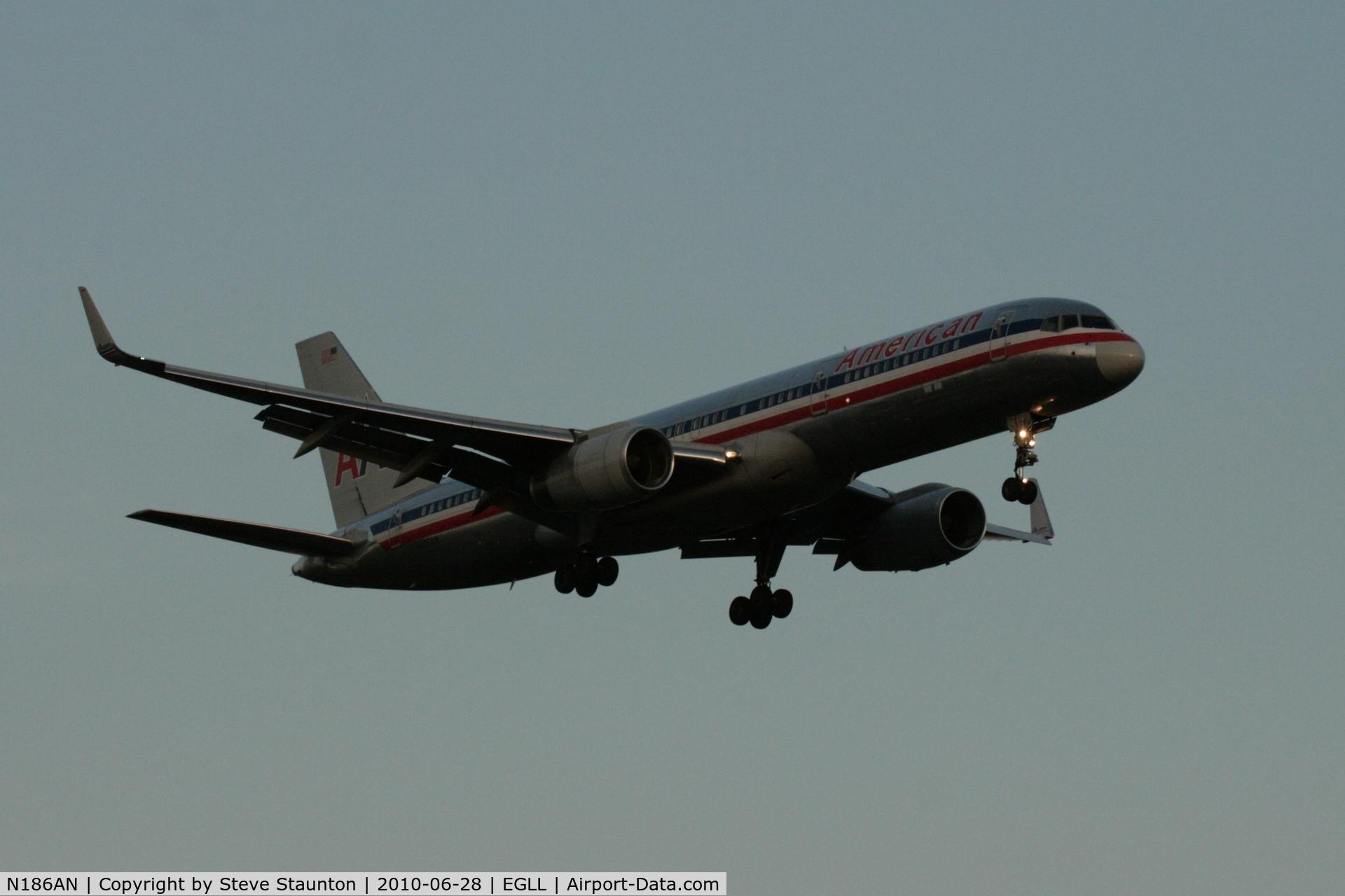 N186AN, 2001 Boeing 757-223 C/N 32380, Taken at Heathrow Airport, June 2010