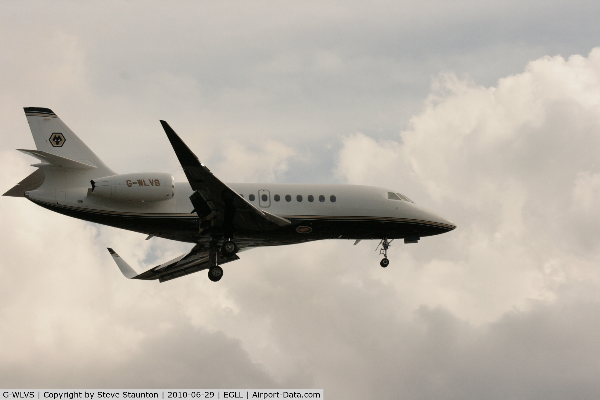 G-WLVS, 2007 Dassault Falcon 2000EX C/N 141, Taken at Heathrow Airport, June 2010