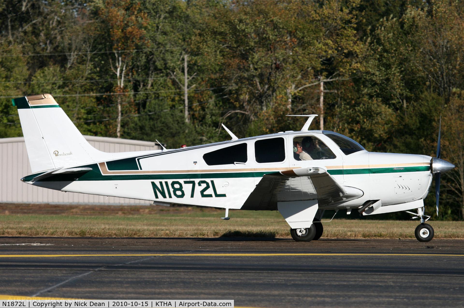 N1872L, 1976 Beech F33A Bonanza C/N CE-648, KTHA Beech party 2010