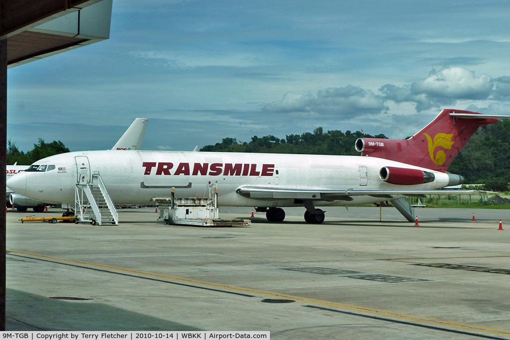9M-TGB, 1982 Boeing 727-2F2F C/N 22998, Transmile 's Boeing 727-2F2/Adv(F), c/n: 22998 at Kota Kinabalu