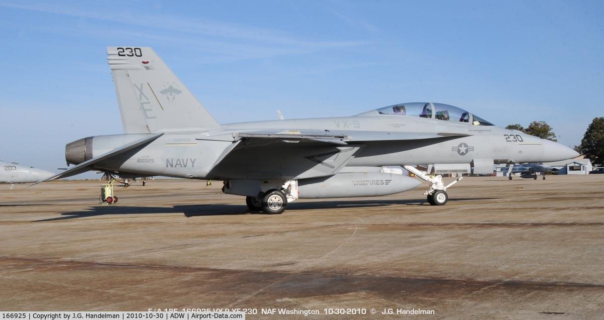 166925, Boeing F/A-18F Super Hornet C/N F181, at NAF Washington