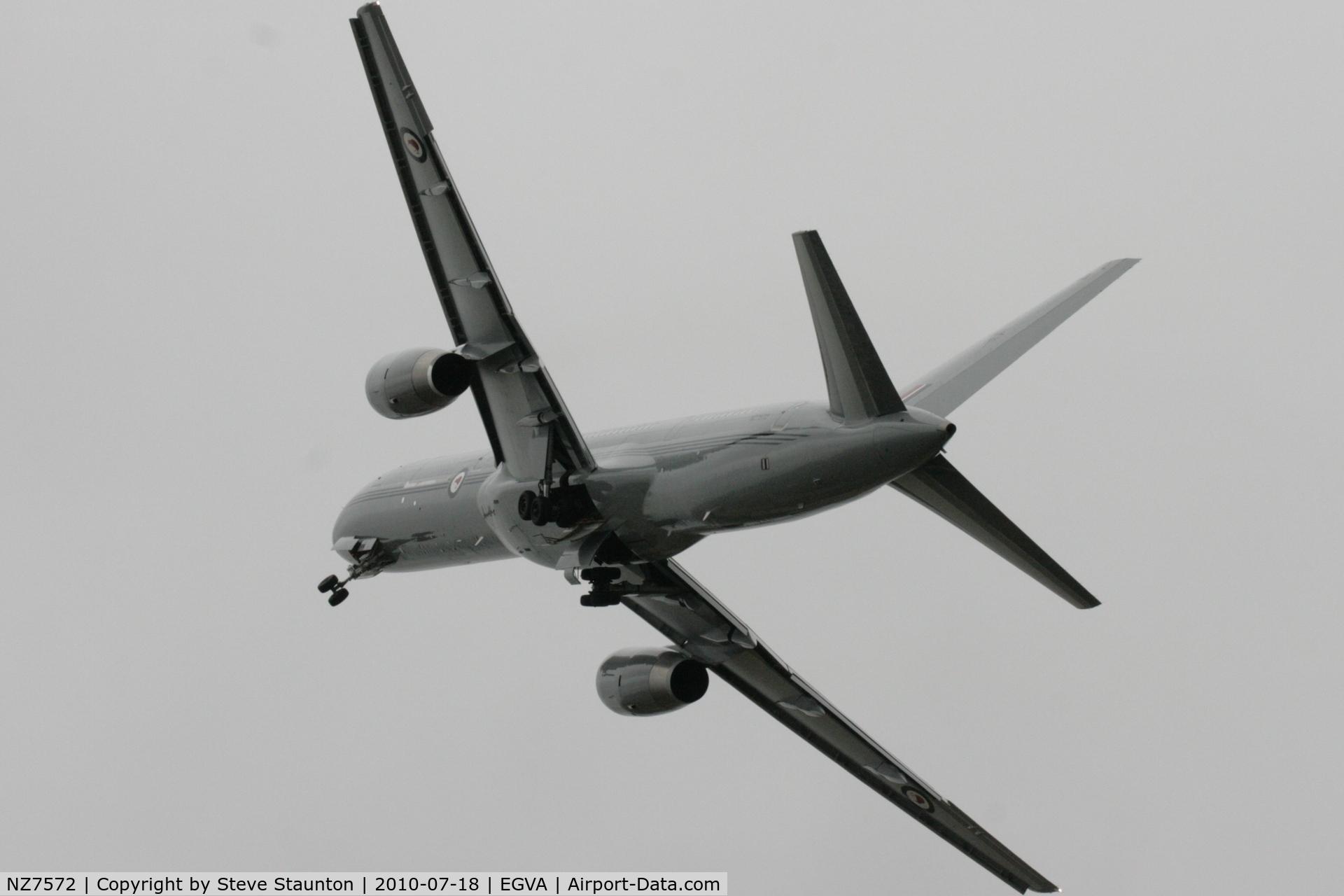 NZ7572, 1993 Boeing 757-2K2 C/N 26634, Taken at the Royal International Air Tattoo 2010