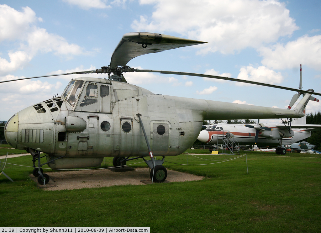 21 39, Mil Mi-4 Hound C/N 02139, S/n 02139 - Ex. Czech Air Force Mil Mil-4 preserved @ Hermeskeil Museum without markings...