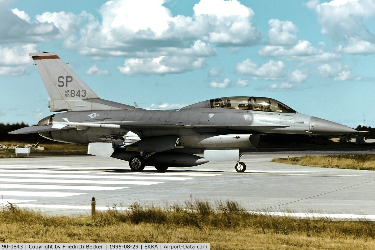 90-0843, 1990 General Dynamics F-16DJ-50-CF C/N CD-10, line up