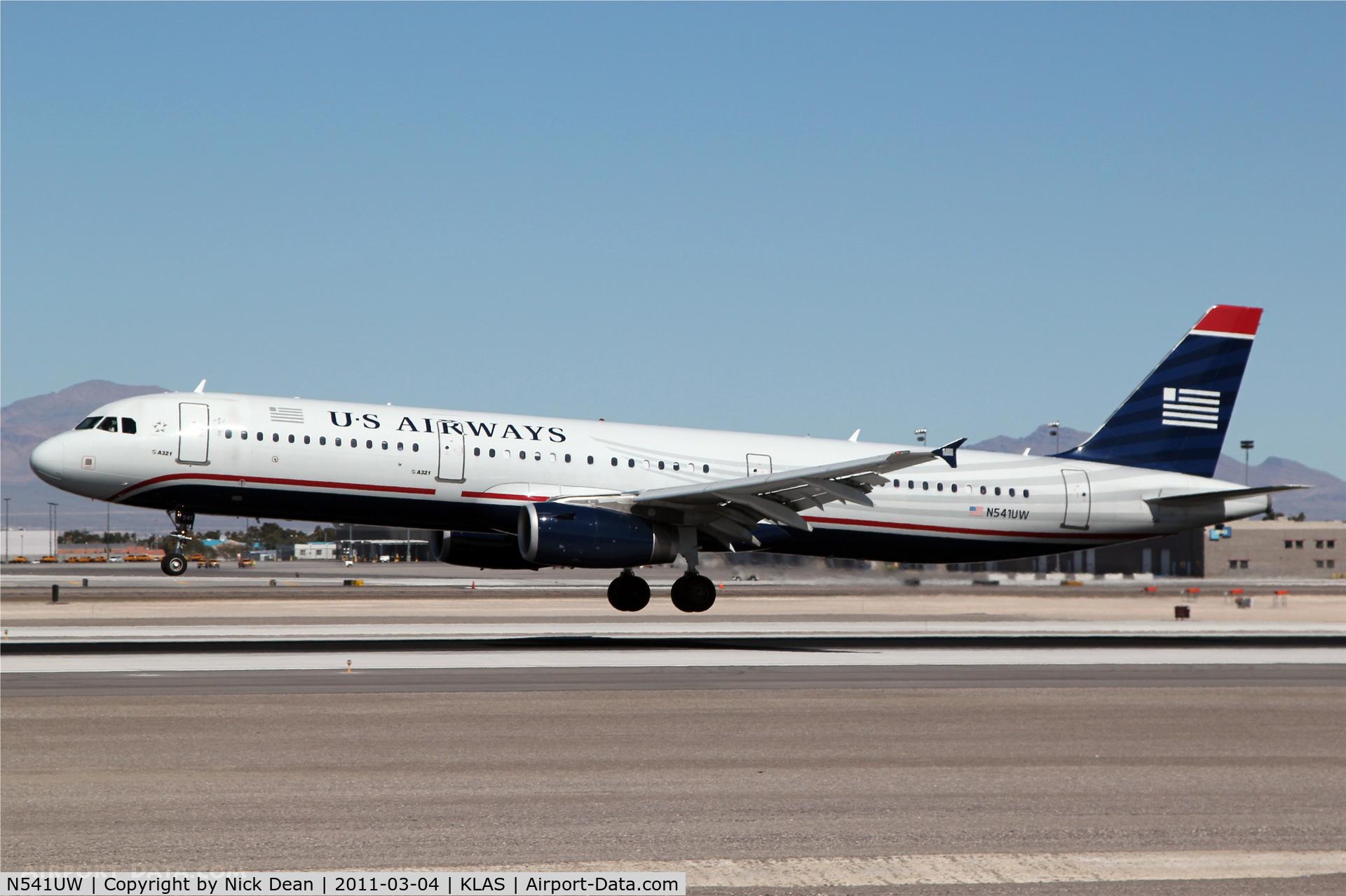 N541UW, 2009 Airbus A321-231 C/N 4123, KLAS