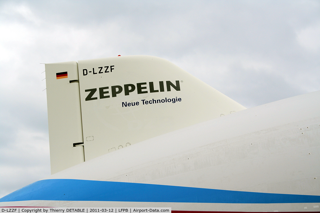 D-LZZF, 1998 Zeppelin LZ-N07 C/N 3, Tail  D-LZZF Operation scientific over Paris 12 to 20 March 2011