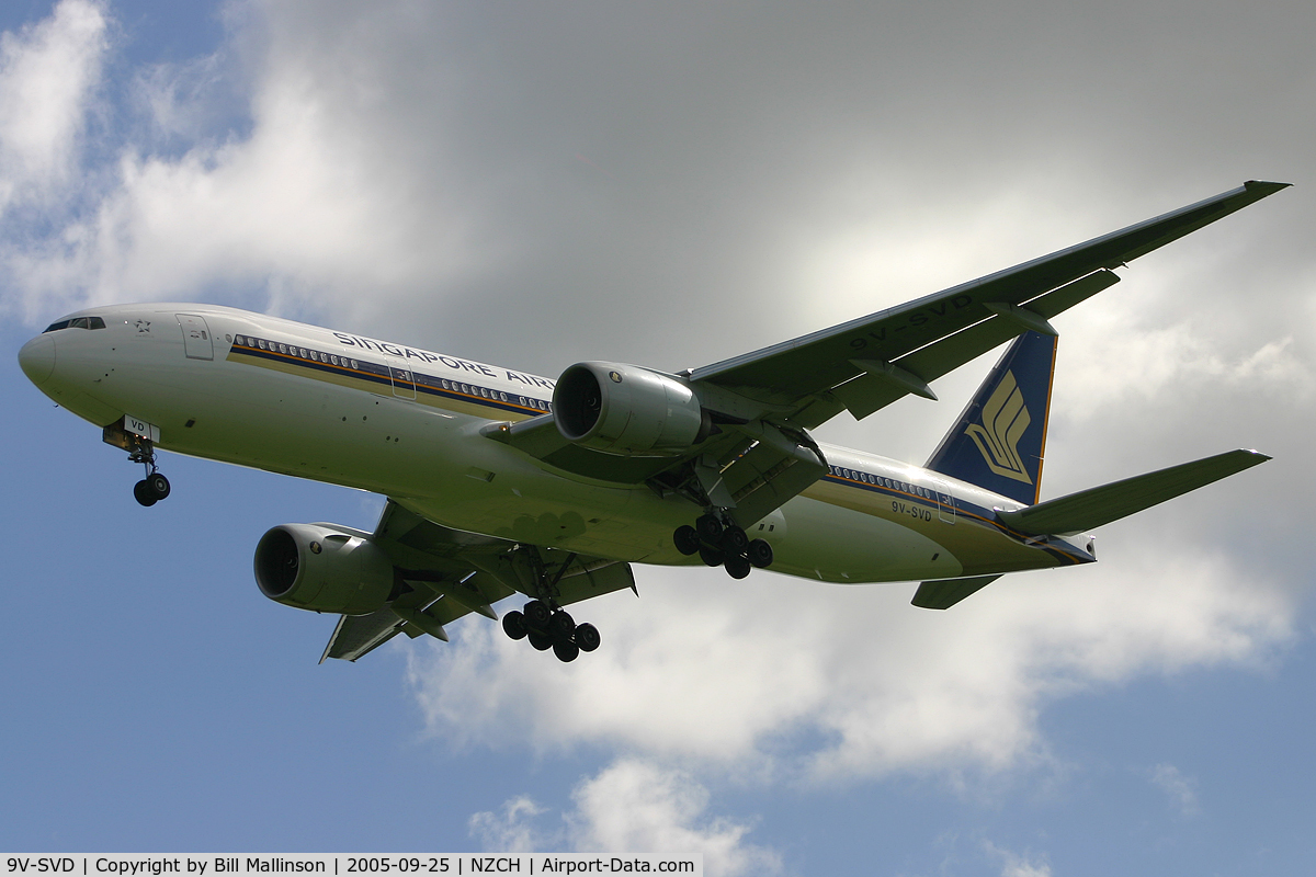 9V-SVD, 2001 Boeing 777-212/ER C/N 30869, into 20 as SQ297 from SIN