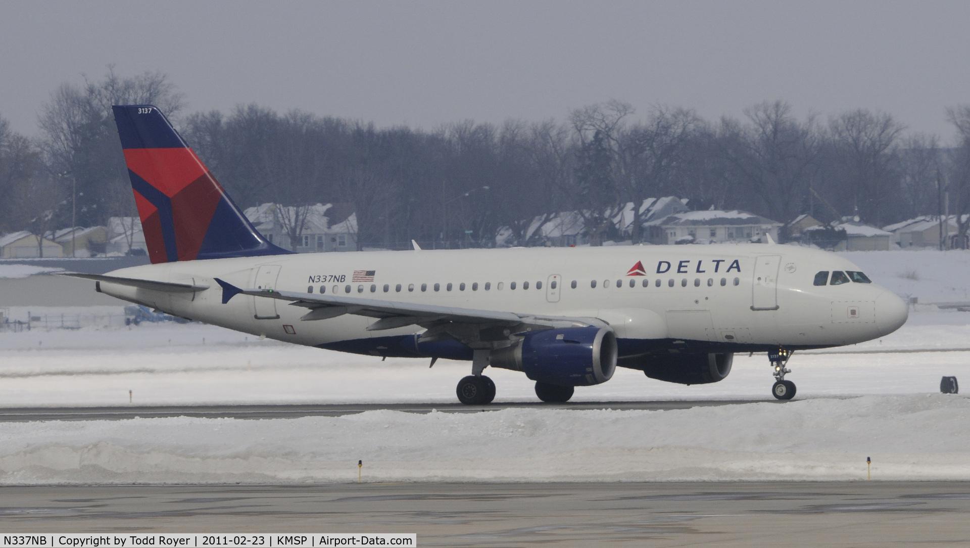 N337NB, 2002 Airbus A319-114 C/N 1685, Delta