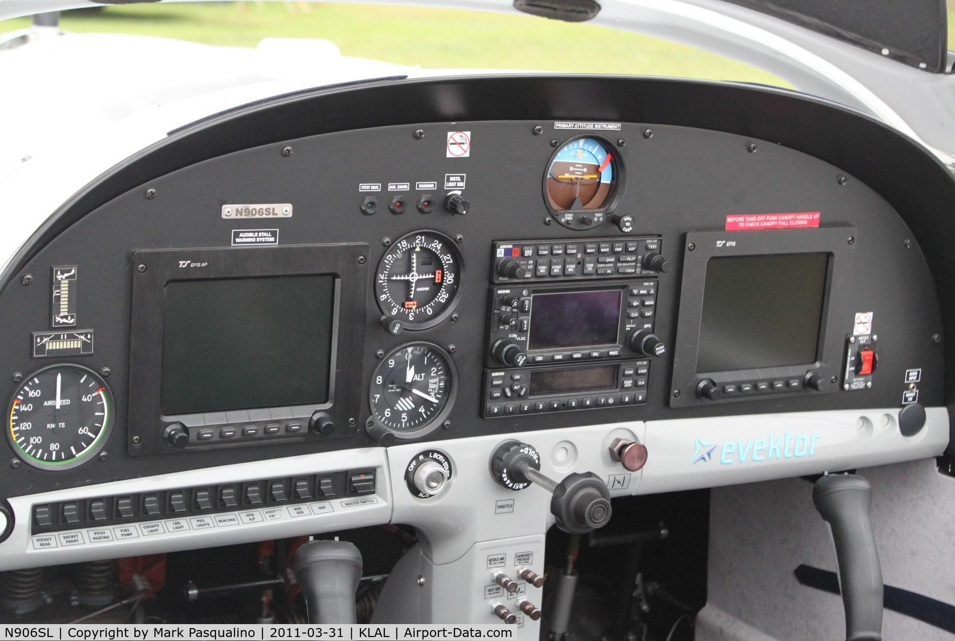 N906SL, Evektor-Aerotechnik Sportstar Max C/N 2009 1202, Sportstar Max