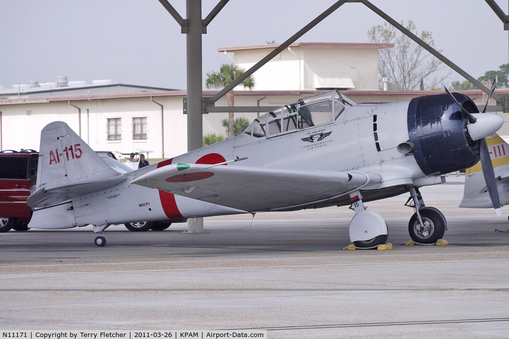N11171, 1942 North American AT-6B Texan C/N 84-7800, At Tyndall AFB - 2011 Gulf Coast Salute Show