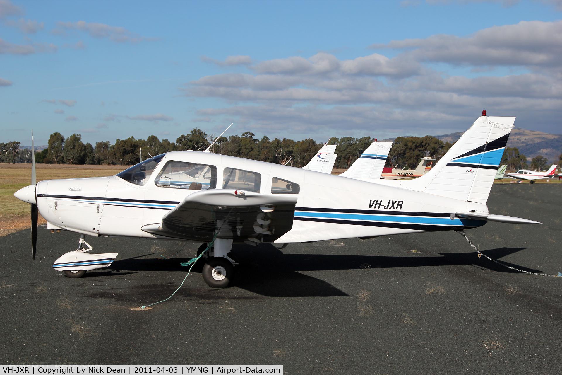 VH-JXR, 1975 Piper PA-28-151 C/N 28-7515185, YMNG