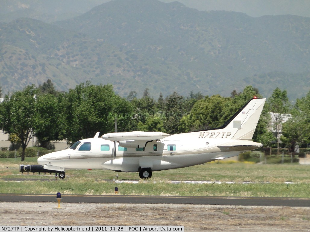 N727TP, 1981 Mitsubishi MU-2B-60 C/N 1517SA, Gaining speed westbound runway 26L for take off