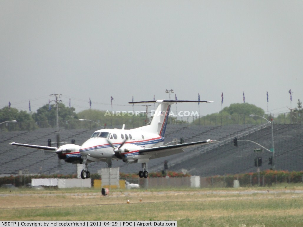 N90TP, 1980 Beech F90 King Air C/N LA-66, Getting ready to touch down on runway 26L